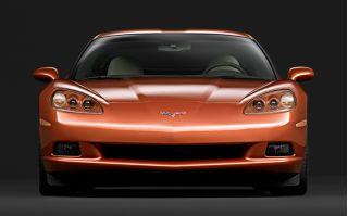 C6 Corvette nose-on