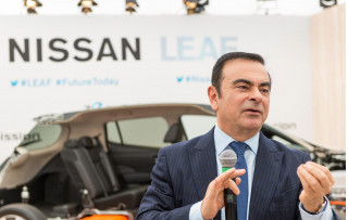 Carlos Ghosn, electric-car proponent and embattled executive, quit as Renault boss