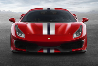 Ferrari 488 Pista revealed, packs same power as McLaren 720S