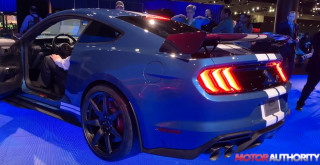 2020 Ford Shelby Mustang GT500 revving at 2019 North American International Auto Show
