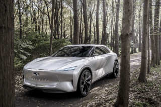 Infiniti Qs Inspiration is the automaker's idea for an EV sport sedan