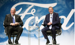 Jim Hackett (left) and Bill Ford Jr.