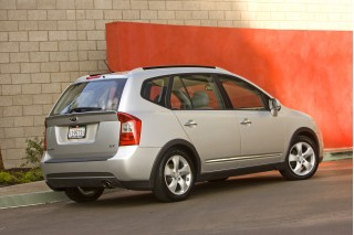 2007 Kia Rondo Review, Ratings, Specs, Prices, and Photos ...