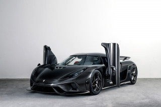 "No paint, no clear: Koenigsegg crafts Regera wearing ""naked"" carbon fiber"