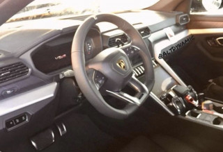 Lamborghini Urus interior spied Photo: altdynamic on Instagram
