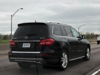 Mercedes-Benz GLS350d spotted testing near Denver