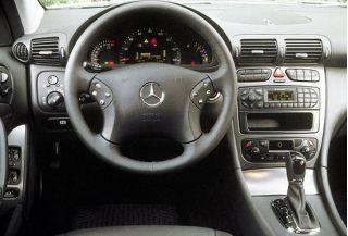 Mercedes Benz C320 Sport Interio