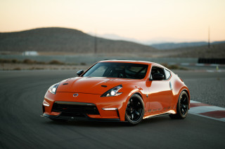 Nissan unveils 400-horsepower twin-turbo 370Z you can't buy