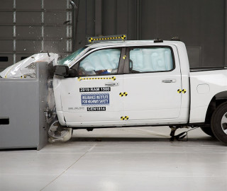 2019 Ram 1500 crash test, via IIHS
