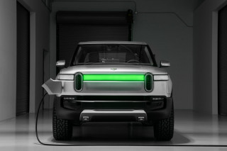 Rivian electric pickup, SUV ready for future 800V upgrade—possibly in 2022