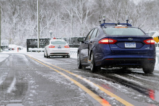 This tech could allow self-driving cars to see the road during snowstorms