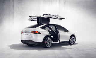 2021 Tesla Model X Photos