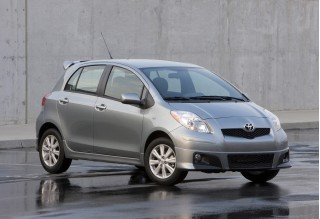 2010 Toyota Yaris Photo