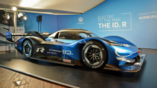 VW looking for battery lessons, 'Ring record with ID R racecar