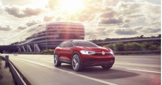 Electric cars could spell end of front-wheel drive, VW exec says