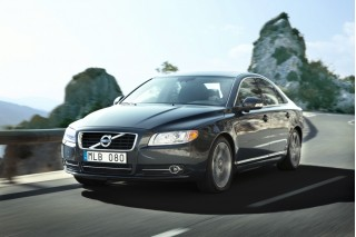 Volvo Recalls 2010, 2011 Models For Airbag Failure