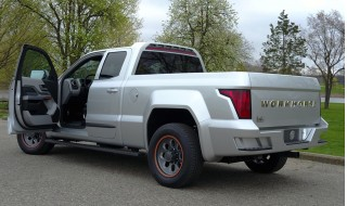Workhorse W-15 plug-in truck